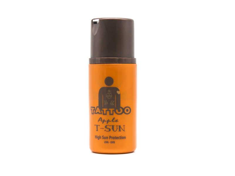 t-sun tattoo sun block protezione solare tatuaggi che contrasta eritemi ed invecchiamento precoce della pelle a base di pantenolo